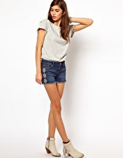 Very By Vero Moda Denim Shorts With Embroidery from www.asos.com