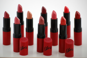 London Lasting Finish Matte Lipstick By Kate Moss:  Kiss of Life